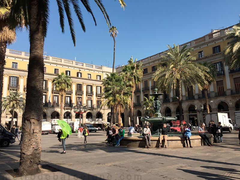 Barcelone place Reial